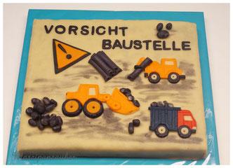 Geburtstagstorte Jungen, Baustellenfahrzeuge Marzipan, Bagger, Laster, MArzipanzauber