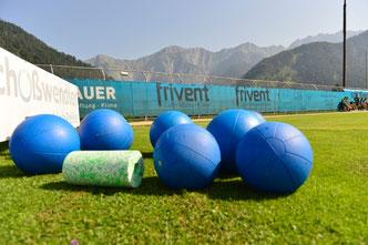 Sports_Innovated Trainingsgeräte, Medizinball, Medizinbälle, Blackroll zum Faszientraining