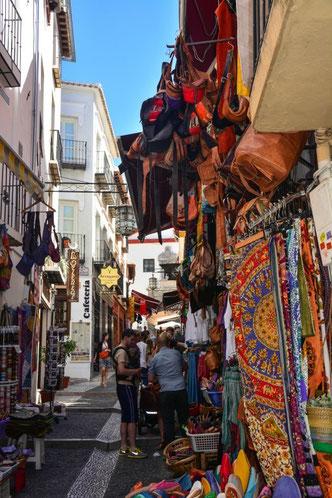 Das arabische Viertel von Granada (auf dem Weg von Albayzin in die Innenstadt)
