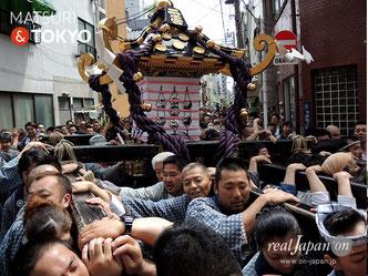 浅草神社, 本社二之宮神輿, 三社祭