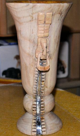 Vase Reißverschluss 23 x 11,5 cm. Reißverschluss verzinnt und innen wasserfest versiegelt