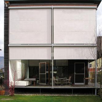 Fassadenmarkise mit Gegenzug