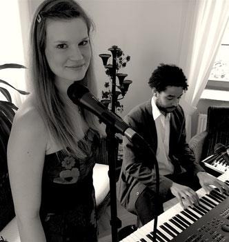 Leela Hochzeitssängerin Piano Leipzig Großpösna