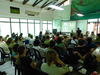 Guillem Chacon inaugurando en Yasuní la Expedición Científica junto a Martí Boada, Jordina Belmonte (directora ICTA), Miguel A. Rodríguez (Director EB Yasuní) y José Narváez (Director Parque Nacional Yasuní)