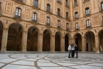 En el Monasterio de Montserrat (Parque Natural de la Montaña de Montserrat) Catalunya