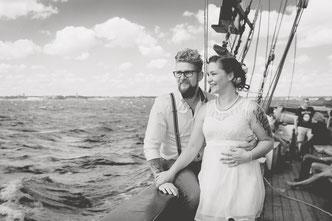 Heiraten auf einem Segelschiff im Hafen oder auf Nordsee und Ostsee