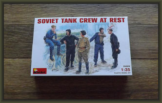 MiniArt - Nr. 35009  Soviet Tank Crew At Rest