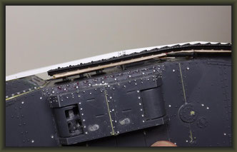 """Brit. Mk.IV """"Female"""" Tank, Emhar 1:35"""
