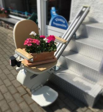 Sitzlift Acorn mit Blume - Viveco
