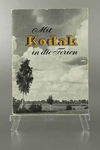 """Prospekt KODAK """"mit Kodak in die Ferien ca. 1954  ©  engel-art.ch"""