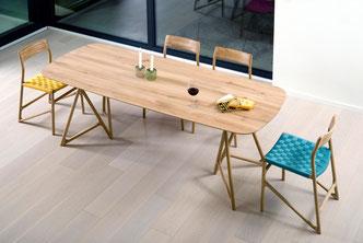 Der-Tisch-Tink-und-der-Stuhl-Fawn-ein-schönes-Gespann