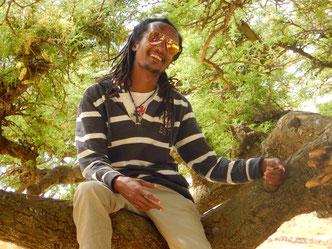 ©Textes_et_Photos_Pascal_Mawuli_Macé_Voyage_Ethiopie_Commerce_solidaire_Addis_Abeba_Mawuli-Ethiopie_Lalibela_Trecking_gare_ferroviere_train_station_landscape_-randonnee_paysage_Tazeb_Ebabu_Ethiopia.jpg