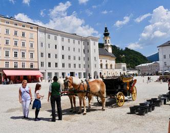 Fiaker Salzburg Residenzplatz