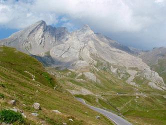Seealpen, Col d'Agnel, Passstrasse