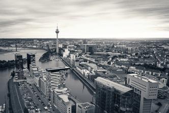 Düsseldorf, Luftbild, Hafen, Rheinturm