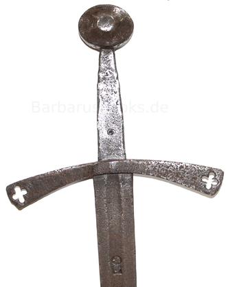 Detailansicht Schwert mit Rundknauf und Parierstange