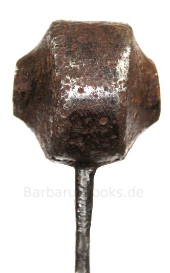 Seitenansicht Schwertknauf Ritter Mittelalter