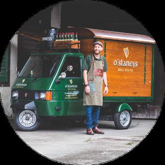 Wir bringen Irisches Pub Leben an deinen Event.