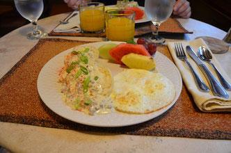 Hochzeitstagsgeburtstagsfrühstück