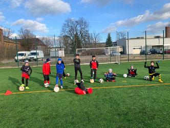 Die U11 beim Training im Husarensportpark
