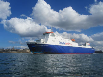 Commodore Goodwill leaving Saint-Malo bound to Portsmouth.