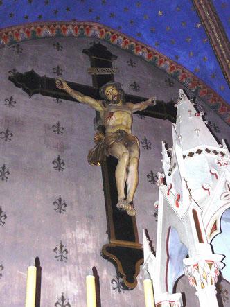 Christ déplacé dans l'autel de l'église Saint Michel