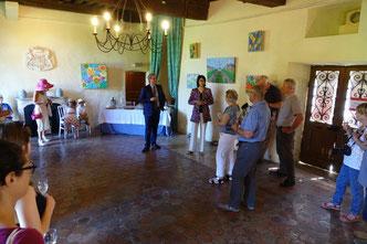 Les toiles de Florence de Bretagne sont exposées dans la salle du Ministre.