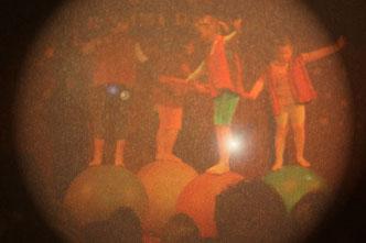 Kugelball-Aufführung der Elementargruppe