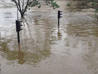 Das Wasser der Seine steigt so hoch, wie seit 30 Jahren nicht mehr.