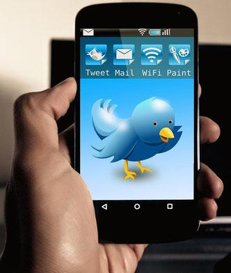 Smartphone mit Twitter-Anwendung