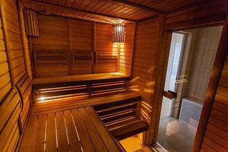 Sauna  in einem Einfamilienhaus - Sauna richtig reinigen - Lüftung - Wohnhaus - Sauna im Gästehaus