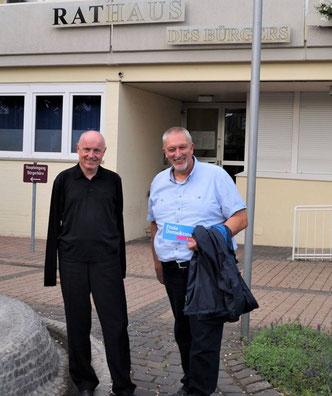 Dirk Herminghaus, Fraktionsvorsitzender Bad Breisig (links) und Ulrich van Bebber, Kreisvorsitzender (rechts)