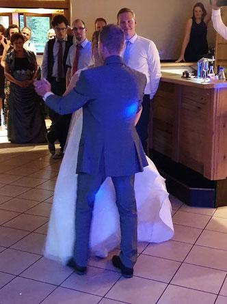 Der Eröffnungstanz ist das Highlight fürs Brautpaar