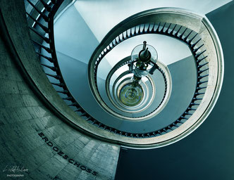 SPIRALLING - Location: Haus des Reichs, Bremen, Germany