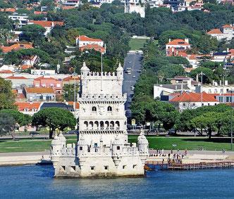 Torre de Belém vom Wasser aus