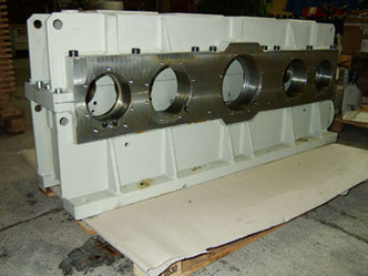 Getriebegehäuse, Stahl, L = 2.100 mm
