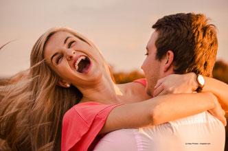 Mit gesunden Beziehungsmustern und überwiegend positiven Erfahrungen in Beziehungen hast Du gute Chancen auf ein erfülltes und glückliches Beziehungsleben.
