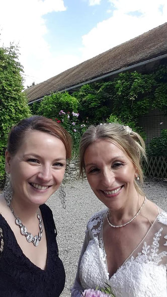 Le selfie de la mariée!! (Quand le marié n'est pas dans le coin au moment de la photo  ;-)  )
