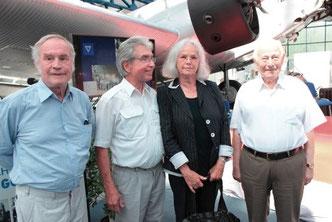 Flugkapitän Kallbach und Flugkapitän Guettel im Junkersmuseum