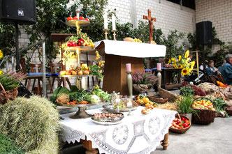 Erntedankaltar auf dem Hof Barfuß - Foto: CHR