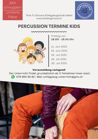 Percussion Gruppe Kids mit Djembe, Cajon und Darbuka
