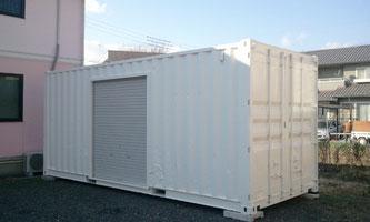 岐阜市 設備工事業様に中古コンテナ20ft シャッター付 ホワイト塗装を納品。シャッターサイズは色々選べます!