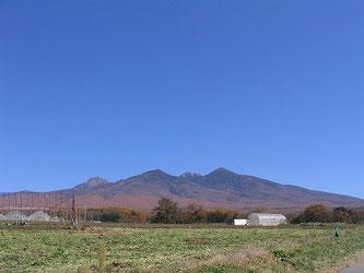西岳、編笠山、等を望む