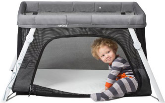 Lotus travel crib for travel with your baby