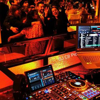 Party DJ auf Hochzeit - Geburtstag - Weihnachtsfeier