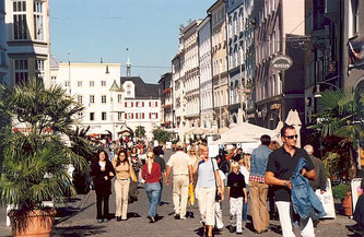 Einkaufsstadt Rosenheim - 30 Minuten entfernt