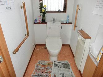 手洗いタンク付きトイレ(施工前)