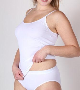 Vrouw in wit ondergoed.