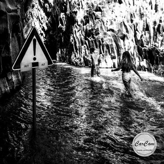 Sicile, sicilia, trinacria, catania, italie, art, travel, love, amour, noir et blanc, black and white, street photography, carcam, je shoote