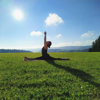 Yoga Kurse, Yoga Ausbildung, Yoga Teacher Training in Zürich und Bali